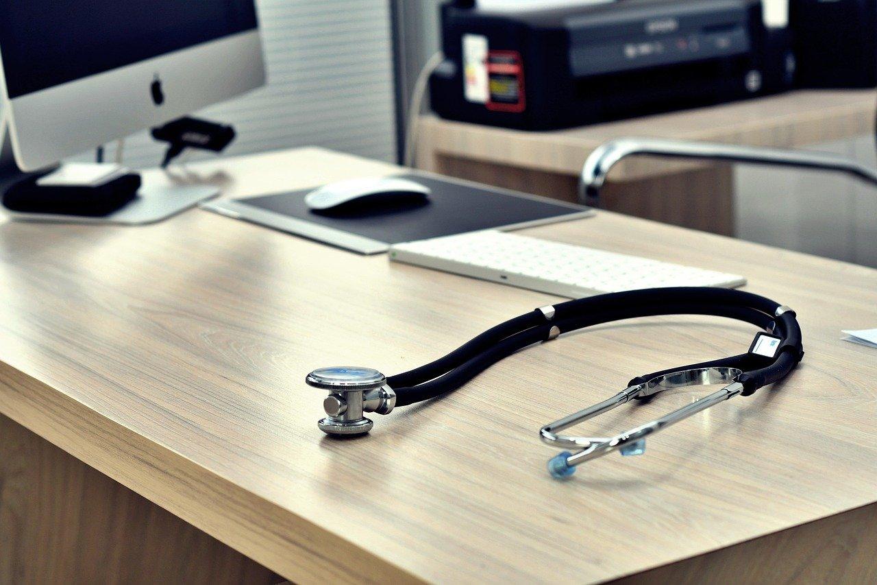 Rendez-vous médical personne en situation de handicap - Hand'Route